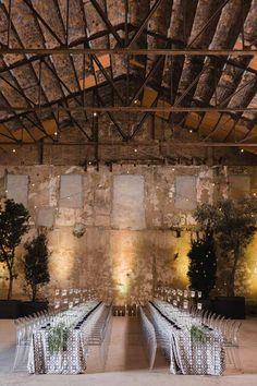 A todo Confetti is under construction Industrial Chic, Industrial Wedding, Wedding Locations, Wedding Venues, A Todo Confetti, Events Place, Warehouse Wedding, Wedding Reception Decorations, Event Venues