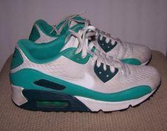 Nike Air Max Women's Athletic Sneakers Size 8 Multi-Color  #Nike #Comfort