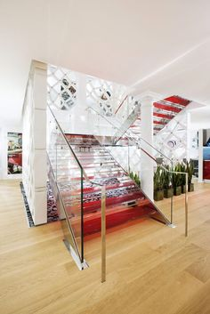 Tailor-Made Fontanot Staircase Adorning Scavolini's New York Showroom - http://decorationofhome.net/home-decorating-styles/tailor-made-fontanot-staircase-adorning-scavolinis-new-york-showroom/    #house #interiordesign #design #architecture #livingroom #decorating  #interiordecorating  #BathRoom #BedRoom #Buildings    #HomeDecoratingStyles #HomeFurnishing #HomeOfficeDecoration #InterestingDesigns #Kitchen #Lifestyle #Lighting #LivingRoomDecoration #HomeDecoration