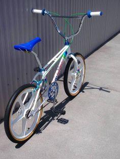 Mongoose Index 20 Freestyle Bike Silver - Bmx Bikes - Ideas of Bmx Bikes - Bmx Bikes Ideas of Bmx Bikes Velo Biking, Haro Bmx, Cannondale Mountain Bikes, Vintage Bmx Bikes, Bmx Cruiser, Bmx Racing, Bmx Bicycle, Bike Handlebars, Bmx Freestyle
