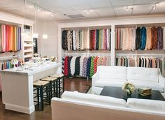 Healdsburg Showroom - La Tavola Fine Linen