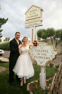 Now, this is what I would want to do...skip a traditional ceremony and just go to Vegas