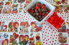 Aesthetic Nest: Crafting: Vintage Valentine Placemats (free printables)