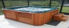 Hydrotherapy at home. Discover the health benefits of hot tubs, jacuzzi baths and steam showers.