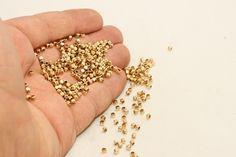 100x 2,5mm breloque carré, carré perles, perles metal, carré connecteur, carré…