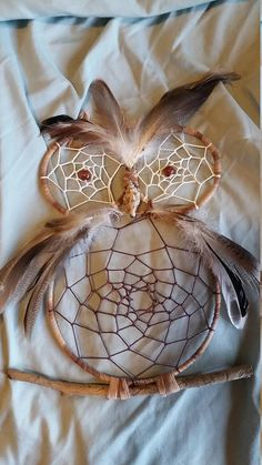 Handmade Owl Dreamcatcher, made by me to order. Please indicate your color preference when ordering. catcher craft owl Items similar to Owl DreamCatcher on Etsy Moon Dreamcatcher, Crochet Dreamcatcher, Dreamcatchers, Owl Crafts, Yarn Crafts, Homemade Dream Catchers, Diy Dream Catcher Tutorial, Crafts To Make, Arts And Crafts