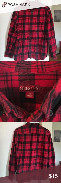 🍂🍁 red and black long sleeve merona flannel 100% cotton red and black long sleeve flannel from the target brand merona. Minimal wear and great quality! All buttons in tact! Perfect for the upcoming fall and winter seasons! 🍂🍁 Merona Tops Button Down Shirts