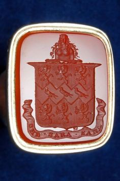 Superb elegant rolled gold carnelian armorial + motto fob wax seal