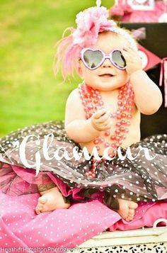 Girls, never let thair GLAMOUUURR go away