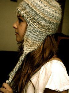 Short and Sweet Earflap Hat Pattern 10 or 6 mm, Circular Knitting Needles Yarn Weight: (5) Bulky/Chunky