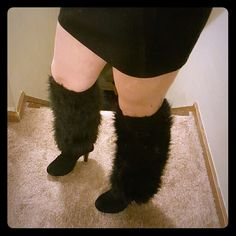 Furry Leg Warmers These babies are very furry! The inside of them seems a little itchy so they'd be best worn over leggings, boots, etc. Great condition because I've never used them!! Color is black, one size. Accessories Hosiery & Socks