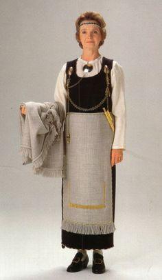 Finnish national costume | Tuukkala