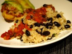 Easy Black Beans and Rice - Versatile, #frugal #sidedish #recipe