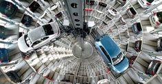 http://ift.tt/2k0sNmC http://ift.tt/2iC1Jh9  WOLFSBURGO Alemania Enero de 2017 /PR-Newswire/ -22 millones de visitantes en el 2016 152.065 entregas de vehículos incluida la festiva entrega del auto número 25 millones en el verano Nuevo festival de verano encanta a medio millón de personas fuerte crecimiento de participación en programa educacional La Autostadt en Wolfsburg concluyó el 2016 con buenos resultados a la altura de años anteriores. Un total de 2.2 millones de personas visitaron la…