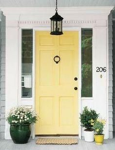 Entryway Paint Colors, Front Door Paint Colors, Painted Front Doors, Front Door Design, Wall Colors, Bright Front Doors, Yellow Front Doors, Modern Front Door, Front Door Entrance