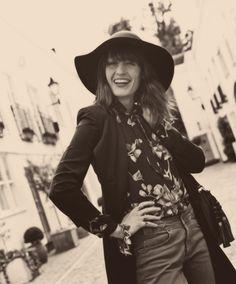 Florence, you are one flawless fashion/singing machine
