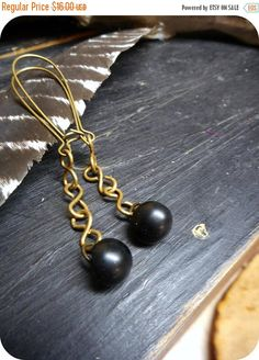 CREEPING JENNY. Vintage Black Mushroom Buttons & Antiqued brass  Dangle Earrings