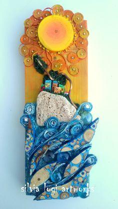 Silvia Logi Fence Art, Rock Decor, Driftwood Crafts, 3d Wall Art, Recycled Art, Wood Sculpture, Pebble Art, Mosaic Art, Stone Painting