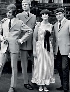 "1965 -Steampacket] were a British blues band formed in 1965 by Long John Baldry with Rod Stewart, Julie Driscoll, and organist Brian Auger. The band were operational as a live act 1965 & 1966, supporting the Rolling Stones on their 1965 tour. Stewart left in 1966, and the group disbanded soon after. Long John Baldry then joined Bluesology which included a then unknown Elton John on keyboards, before having a number 1 hit record in the UK in 1967 with ""Let the Heartaches Begin"""