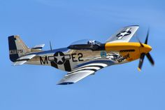 The Mustang was single-seat and single engine fighter plane that saw service with the Allies as a fighter and bomber escort in WWII. It has gone on to become one of the most popular historical airc… Ww2 Fighter Planes, Ww2 Planes, Fighter Aircraft, Fighter Jets, Ww2 Aircraft, Military Aircraft, Mustang P51, Jet Plane, Military Girlfriend