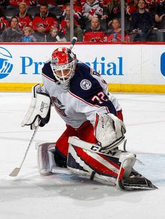 NEWARK, NJ - FEBRUARY 20: Sergei Bobrovsky #72 of the Columbus Blue Jackets makes a save in the second period against the New Jersey Devils on February 20, 2018 at Prudential Center in Newark, New Jersey. (Photo by Jim McIsaac/Getty Images)