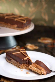 Torcik czekoladowy z solonym karmelem