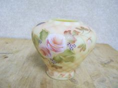 Fenton Burmese Glass Hand Painted Diamond Optic Vase w/ Pink White Rose Design