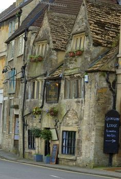 Tea Room, Bradford on Avon, England   photo via francoise
