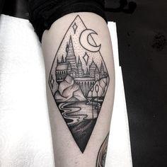 """1,050 curtidas, 10 comentários - Caroline derwent (@carolinederwenttattoo) no Instagram: """"Harry Potter tattoo for stef. ⚡#cutetattoo #plymouthtattoo #uktta #ladytattooers #ink #igdaily…"""""""
