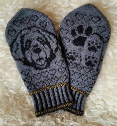 Ravelry: Leonberger Mittens pattern by Connie H Design