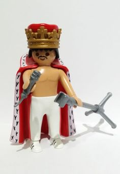 FIGURA-CUSTOM-freddie-mercury-PLAYMOBIL Freddie Mercury, Toy Display, Somebody To Love, Geek Art, Legoland, Music Tv, Lotr, Legos, The Beatles
