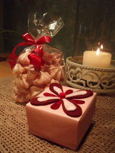Marenkeja ja lahjapaketti