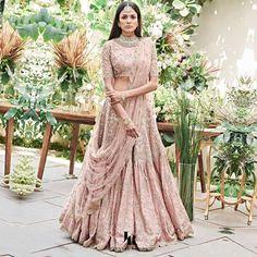 Then you are going to love the latest Jayanti Reddy Summer Lehengas. Beautiful scallop dupatta, fit & flare lehenga skirt + more. Wedding Lehenga Designs, Designer Bridal Lehenga, Indian Bridal Lehenga, Indian Bridal Outfits, Pakistani Outfits, Indian Gowns Dresses, Indian Fashion Dresses, Dress Indian Style, Indian Designer Outfits