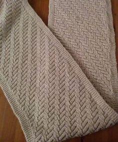 fbafc66e12d4 Tuto écharpe irlandaise toute simple - K-Thys Créations   tricot    Pinterest   Echarpe, Tricot et Echarpe tricot