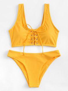 Lace-Up Plain Bikini Set -SheIn(Sheinside) - Bademode Trendy Swimwear, Cute Swimsuits, Cute Bikinis, Vintage Swimsuits, Halter Bikini, Bikini Swimwear, Bikini 2016, Style Surfer, Beach Vibes
