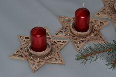Vánoční svícen hvězda Vánoční svícen na svíčku z jemné keramické hlíny, ozdobně…