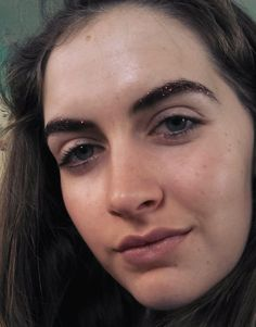 Makeup Trick: Jingle Brows Jingle brows! Jingle... - Rookie | rookiemag