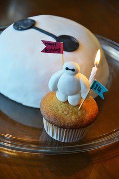 Bay Max Cake Big Hero 6 cake Baymax cake