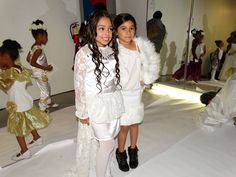 Lil Diva Models Yulianna & Lilly backstage