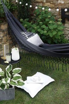 Urbanara, Gartenstyling, Hängematte, Blog Garten, Garten dekorieren, sommer, abhängen, Interior blog, stilreich blog