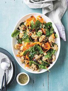 I Quit Sugar - Spiced Cauliflower and Pumpkin Seed Salad by Jessica Sepel Carrot Salad Recipes, Healthy Salad Recipes, Whole Food Recipes, Cooking Recipes, What's Cooking, Diet Recipes, Recipies, Vegan Recipes, Snack Recipes