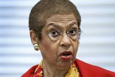 Because of people questioning Obama, Democrat Eleanor Holmes Norton says that none of us have any right to know what our government is doing. In a committee hearing she angrily Cant Fix Stupid, Stupid People, O Drama, Are You Serious, Liberal Logic, Obama Administration, Thats The Way, God Bless America, How To Get Money