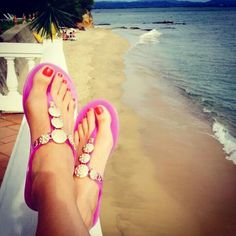 Riviera sandal in Orchid. Love my fibi and clo sandals! https://fibiandclo.com/jessicadharris