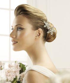 Pronovias präsentiert Ihnen den Kopfschmuck T15-2478 (2) für die Braut. | Pronovias