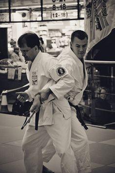 Vantaan Jukaran järjestämä judo-, karate- ja aikido-näytös kauppakeskus Myyrmannissa 22.1.2011     nterested In Learning One of The Most Effective Martial Arts?