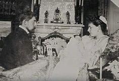 Maria and Ferdinand of Romania with an infant Carol Queen Victoria Family, Princess Victoria, Princess Alexandra, Princess Beatrice, Michael I Of Romania, Romanian Royal Family, Alexandra Feodorovna, Victorian Life, Central And Eastern Europe