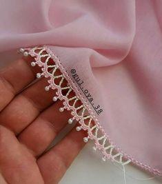 İncili oya sevenlere gelsin Dee arkadaşımın oya modeli ve bi… Dee modelo de punta de aguja de mi amigo y un … – Mi amigo # de a que # Crochet Lace Edging, Crochet Borders, Cotton Crochet, Crochet Trim, Bead Crochet, Crochet Flowers, Filet Crochet, Knitting Blogs, Knitting Stitches