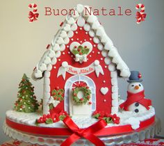 Christmas gingerbread house, omg, this is too cute !!!  Can I have one please
