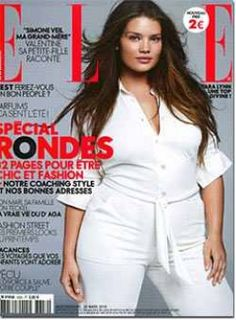 Tara Lynn confessed to Elle Spain: 'It is hard to make clothes look great on big women. The more fat there is on a body, the more variation there is in the shape'. Curvy Fashion, Plus Size Fashion, Simone Veil, Tara Lynn, Street Looks, Modelos Plus Size, Model Look, Poses, Plus Size Model