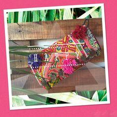 ✨ BE HAPPY ✨ BE YOURSELF  #baiga #bags  #clutch #cool #color #bordado #moda #amor #cute #happy #pink #purse BELLA CLUTCH